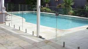 portillon-en-verre-piscine